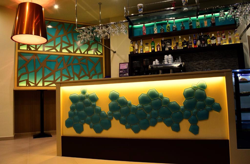 Presupuestos gratuitos para barras de bar bienvenid a - Presupuesto para montar un bar ...